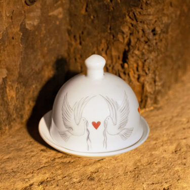 dove and heart butter dome