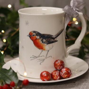 Robin and Snowflakes Bone China Pint Tankard Mug