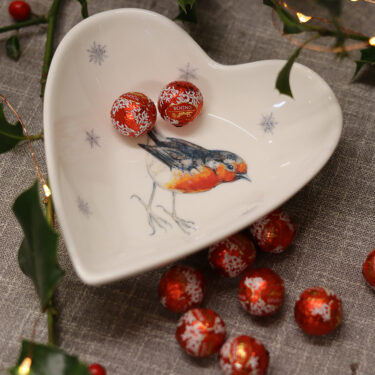 Robin with Snowflakes Heart Dish